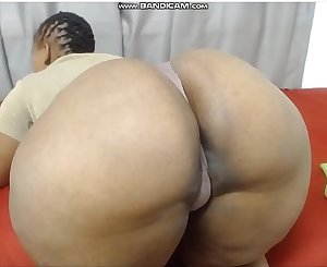 Hotjuicybootyx shaking pouch